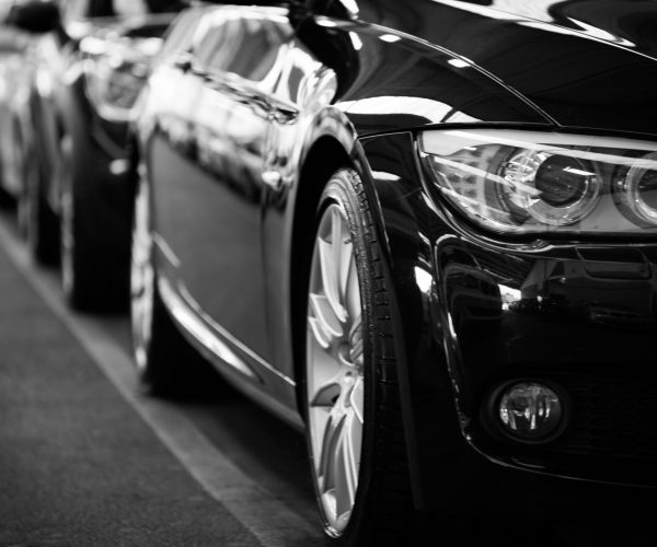 automobiles-automotives-black-and-white-black-and-white-70912 (1)